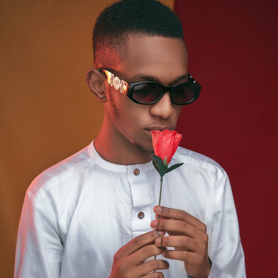 Ent. NEWS: Feezy announced the incoming of his new song titled - Wa Kike So ?