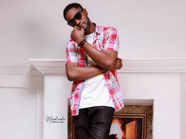 Ent. NEWS: Don R (Arewafinext) Performed at Sen. Rabiu Musa Kwankwaso's Residence